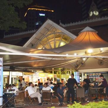 Diner dans un hawker center : Lau Pa Sat, Satay trop bon!