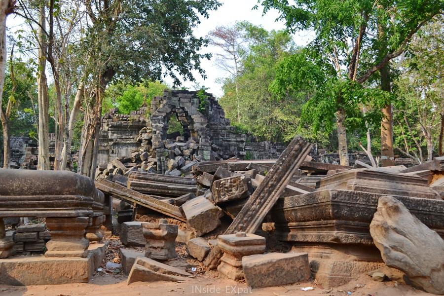 Temple khmer de Beng Mealea à Angkor (Cambodge)