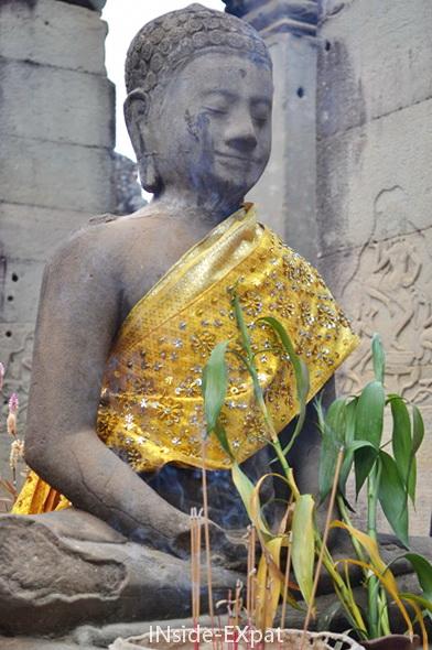 Buddha (temple khmer Bayon, Angkor, Cambodge)