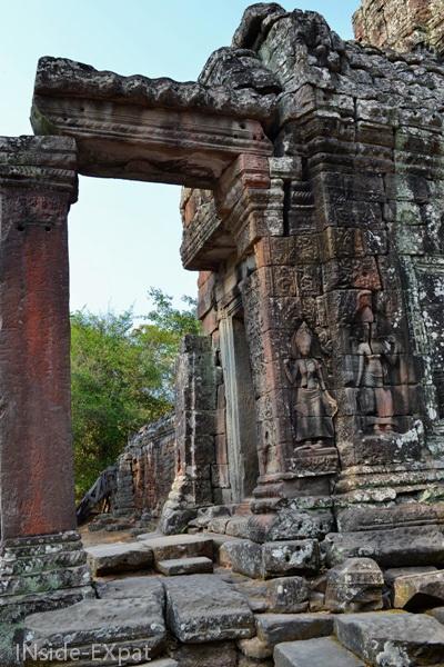 Gravures sur les murs de Banteay Kdei, Angkor