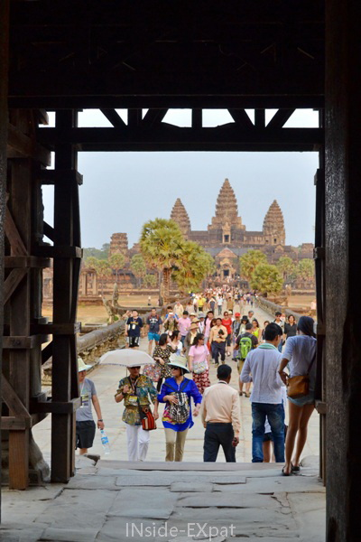 Sortie d'Angkor Vat
