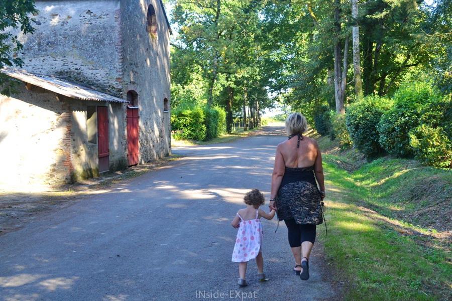 Mimi B. et Mamy FB. sur le chemin du retour