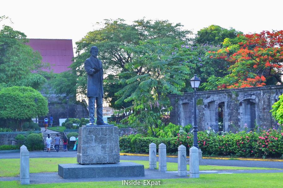 Statue de Rizal au Fort Santiago