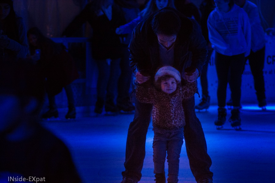 Daddy B. et Mimi B. glissent sur la patinoire
