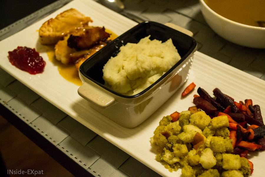 inside-expat-thanksgiving-repas-assiette