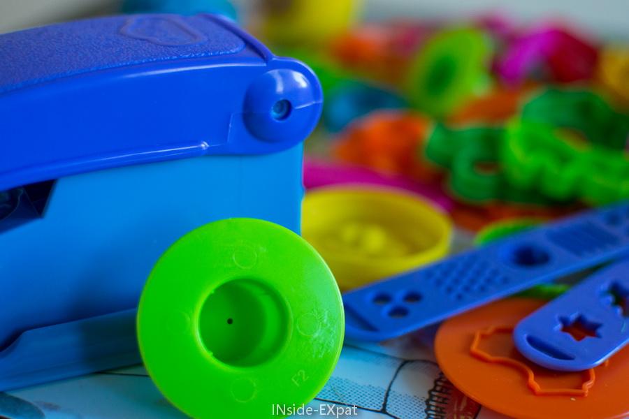Différents accessoires du kit Play Doh