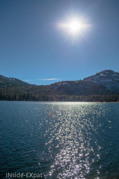 Reflet du soleil sur le lac