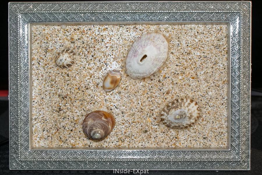 Diy avec les petits un tableau 3d avec du sable et des for Tableau de noel a fabriquer