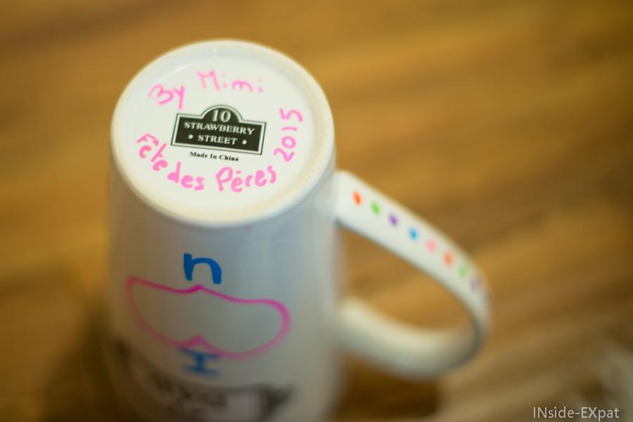 diy sp cial f te des p res un mug personnalis avec un coloriage d enfant inside expat. Black Bedroom Furniture Sets. Home Design Ideas
