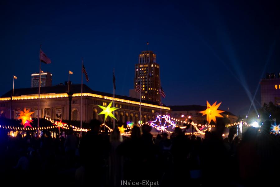 Les décorations lumineuses du centenaire du City Hall