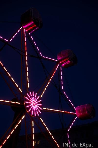La grande roue illuminée