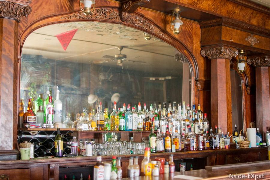 Le bar d'époque, ambiance saloon