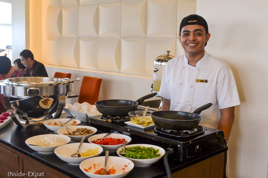 Omelette et oeufs brouillés sur commande