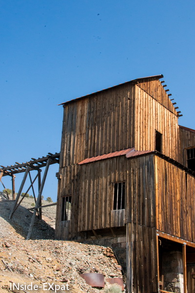 le moulin broyeur vu de l'exterieur