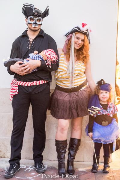 en famille pirate pour Halloween