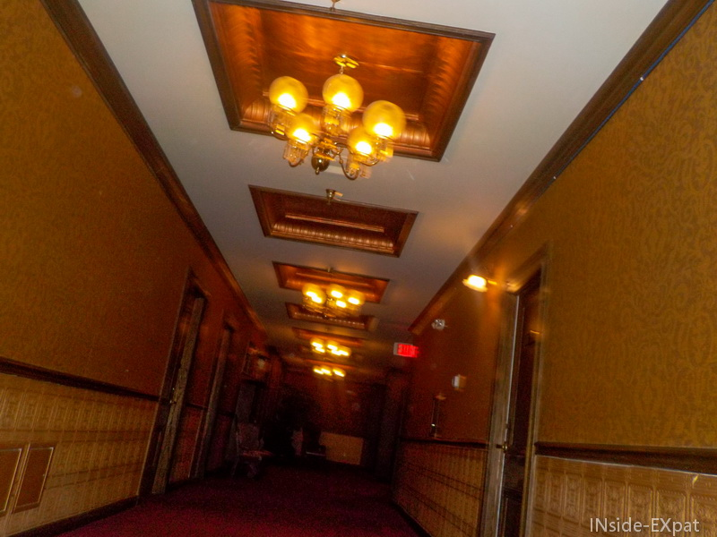 inside-expat-mizpah-hotel-nevada-tonopah-couloirs