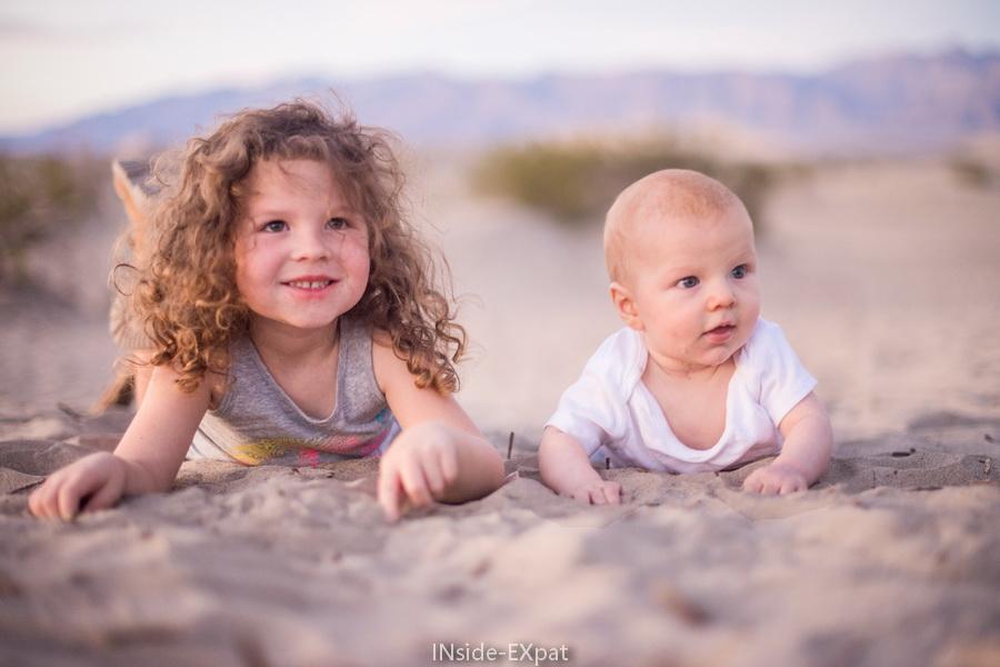 Mimi et Lenny dans les dunes de la Death Valley