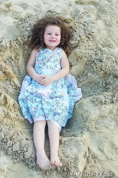 s'allonger dans le sable