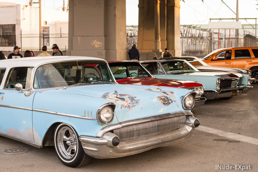 Rassemblement de voitures retro