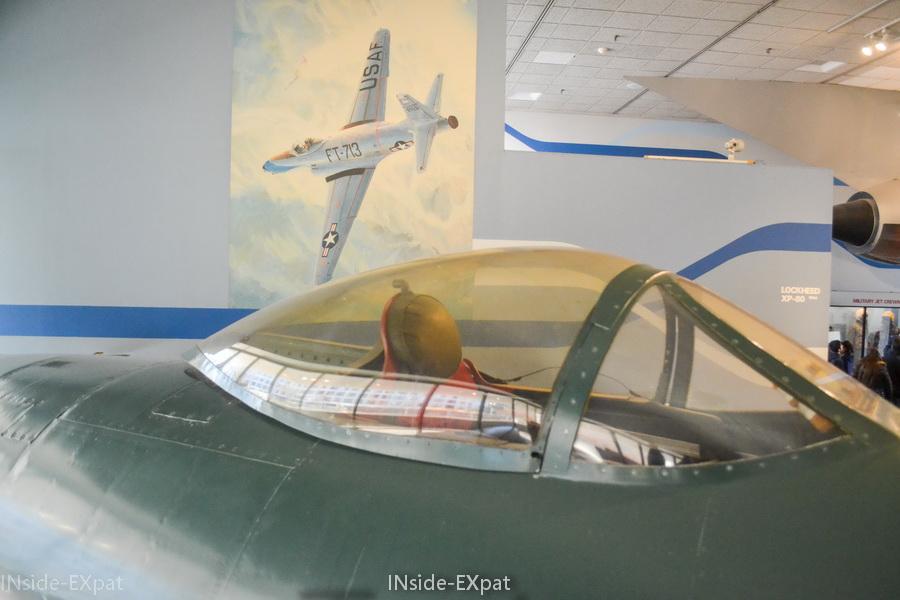 Cockpit d'un avion de chasse