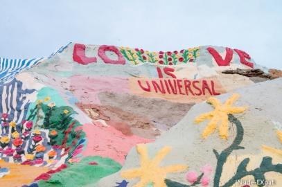 Salvation Mountain, un projet entre art, folie et foi religieuse (Slab City, CA)
